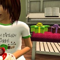 Taelor eating cake
